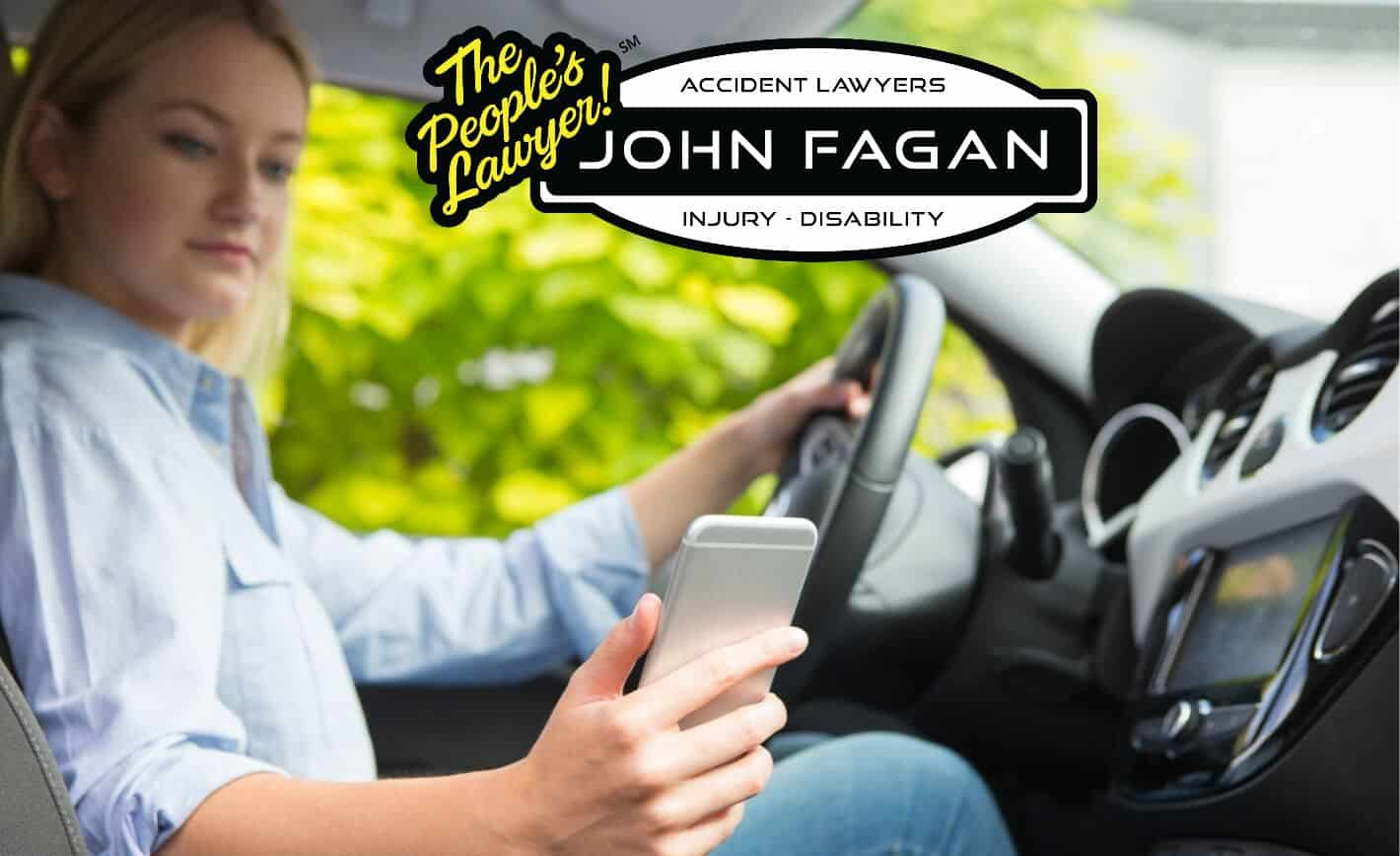 """Should we punish """"driving while texting"""" like we punish DUIs? – AvvoStories"""